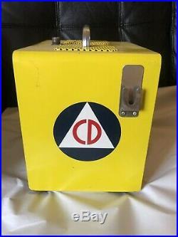 Vintage GONSET CIVIL DEFENSE COMMUNICATOR 2 Meter Transmitter Receiver