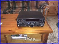 Yaesu-FT-2000-HF-6-100W-Transceiver