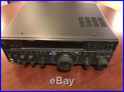 Yaesu FT-950 HF+6 HAM RADIO TRANSCEIVER. Excellent condition. Includes mic+